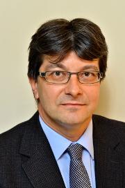 Prof.Dr. habil. Banczerowski Péter, idegsebész Logo